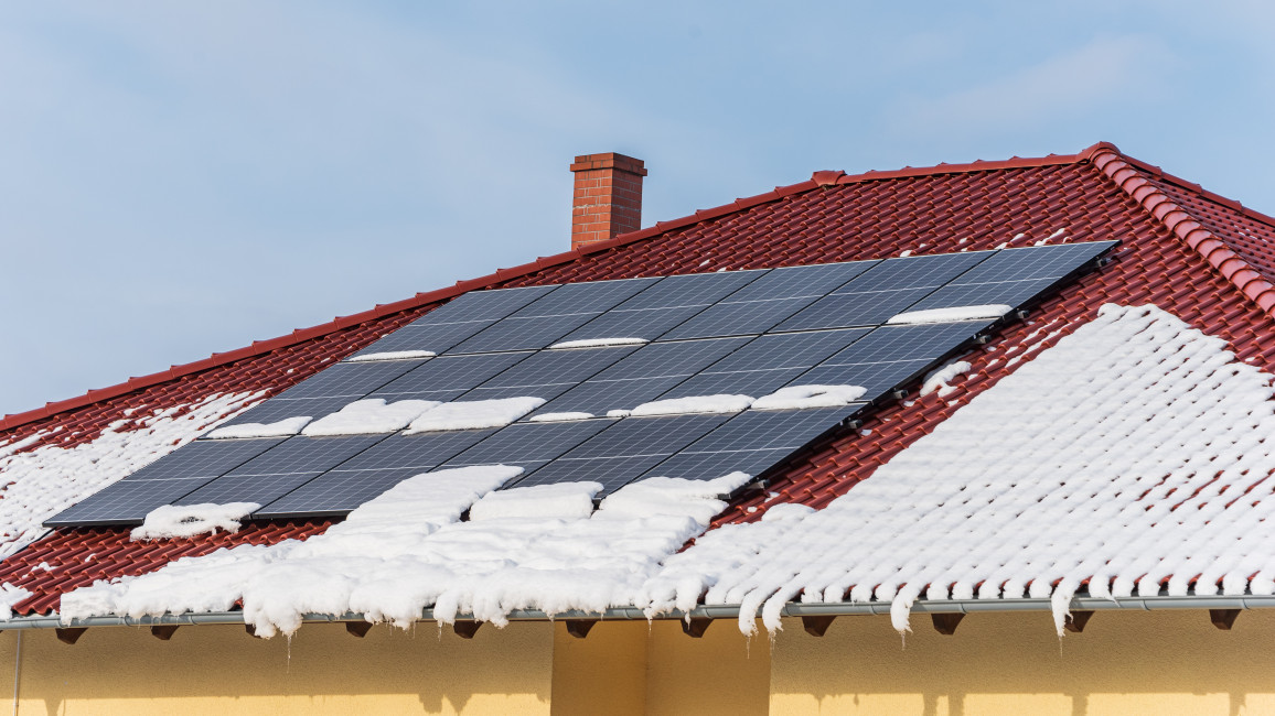 Photovoltaikanlage im Winter