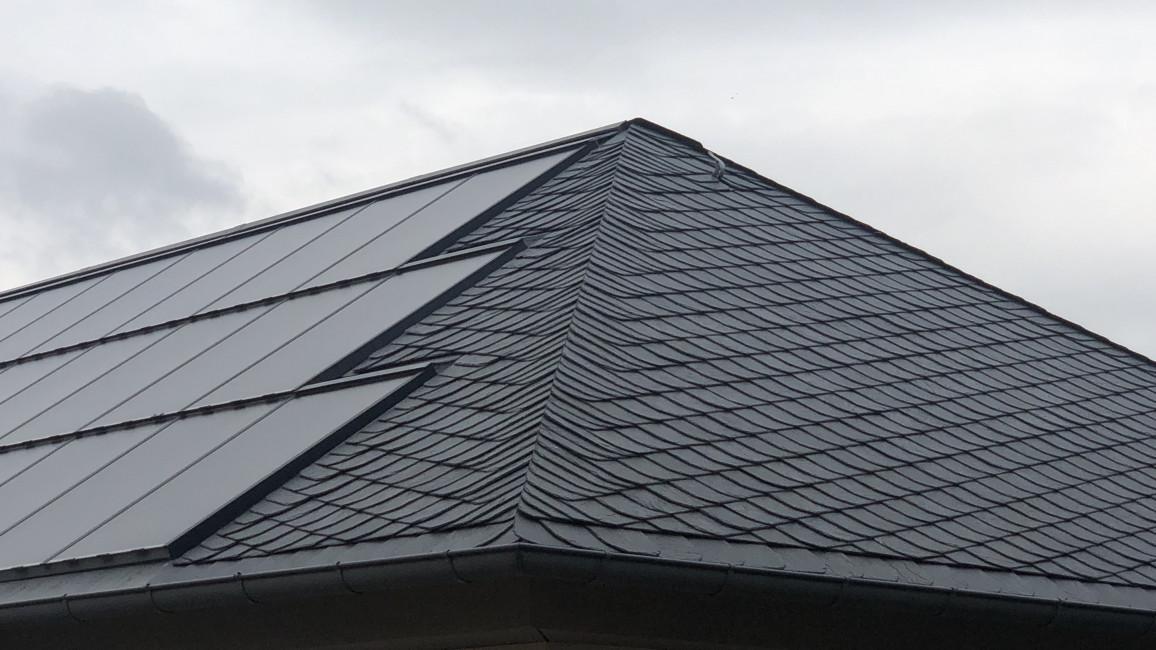 Arten von Photovoltaikanlagen - Detail Indach-Anlage