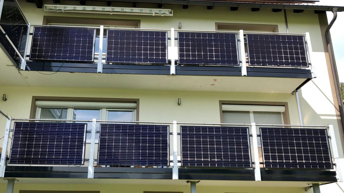 Balkon-PV-Anlage